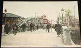 Japonsko Osaka: Shinsaibashi bridge cca 1900, lidé na mostě