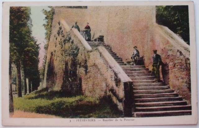 Pithiviers - Escalier de la Poterne