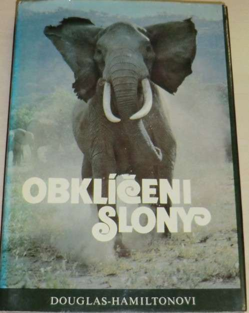 Douglas-Hamiltonovi - Obklíčeni slony